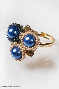 pierścień z szafirem